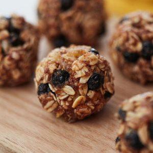 Oatmeal Blueberry Energy Balls