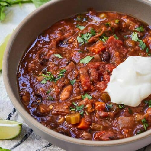 Featured Image of Vegetarian Chili.